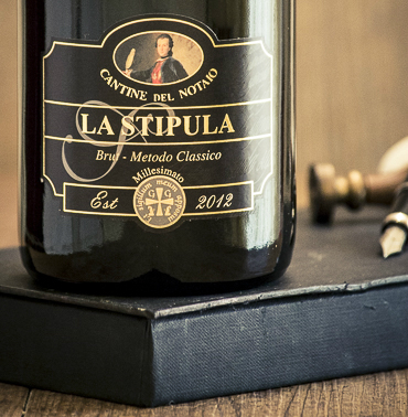 la-stipula-etichetta-spumante-millesimato-aglianico-bianco-basilicata-cantine-del-notaio